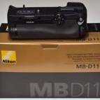 Nikon MB-D11 grip